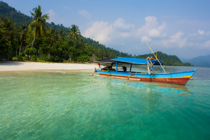 Kelagian Beach (courtesy of Amri)