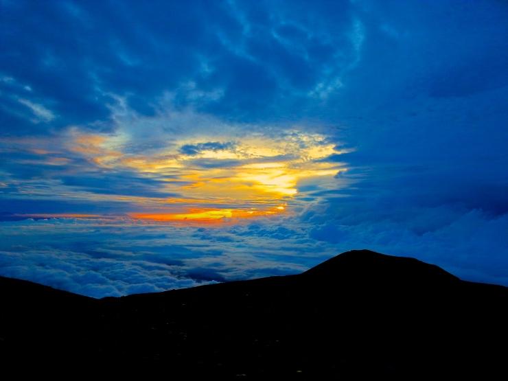 Sunrise at Mahameru. Gorgous!