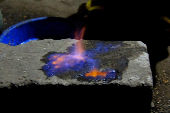 moke flame