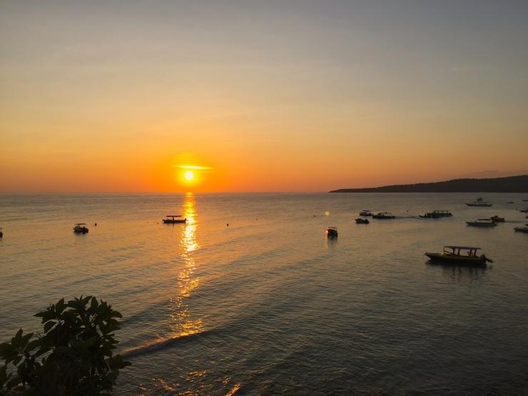 Sunset (Photo Credit: Vivi)