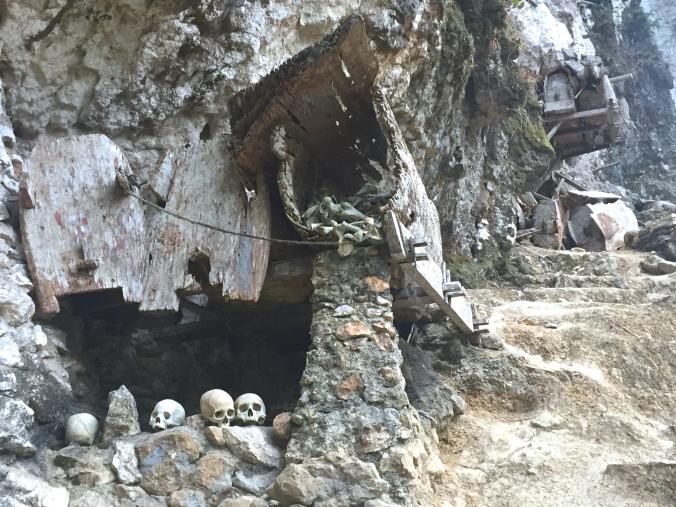 graves and rotten coffins in Ke'te' Kesu'